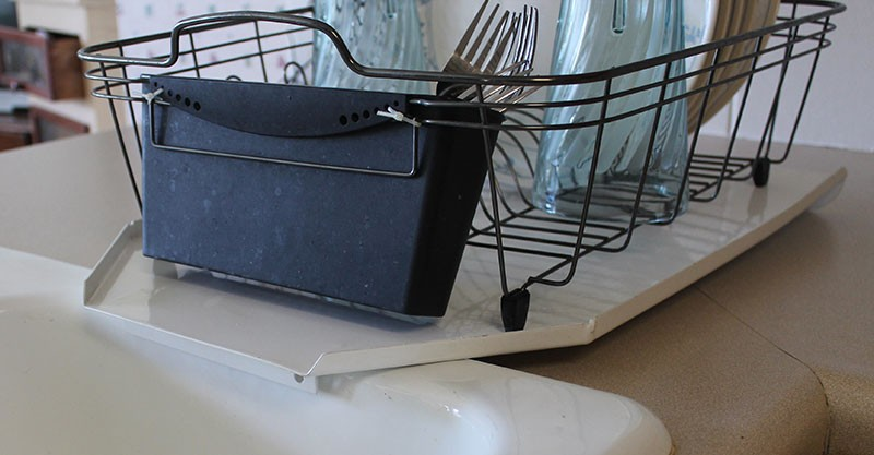 Compact Sloping Kitchen Sink Metal Drainboard Keeps