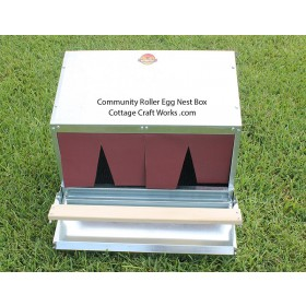 Rollaway Egg Nest Box 24 Inch | Community | Front &  Rear Trays