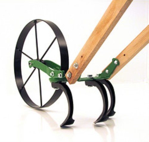 Usa made garden hand tools hand push cultivators sprayer for Gardening tools made in usa