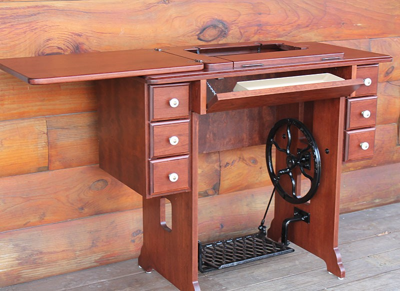 Amish Treadle Sewing Cabinet Singer Janome 712t Machines