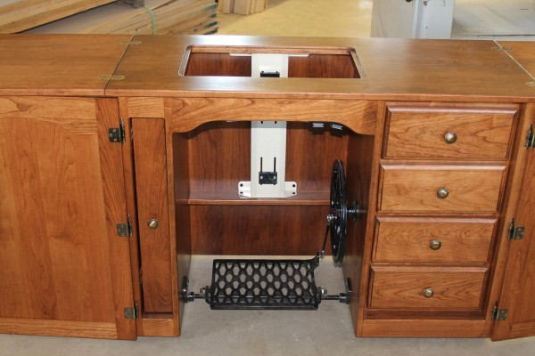 Amish Furniture-Classic Sewing Machine Cabinet - Sewing Cabinets ...
