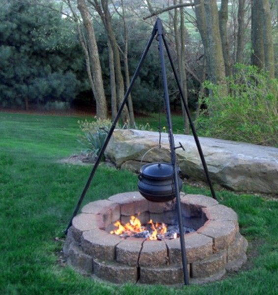 Large Professional Campfire Cooking Kettle Tripod