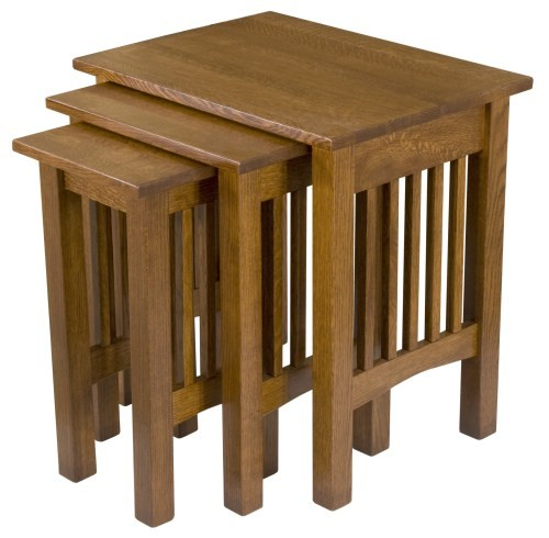 USA Amish handcrafted set of three nesting end tables.