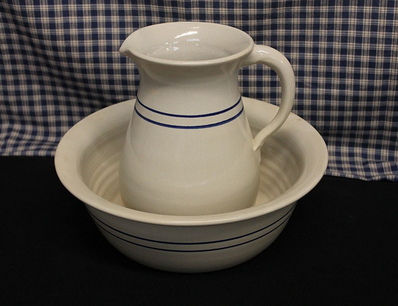USA Stoneware Pottery | Wash Basin Set Blue Stripe
