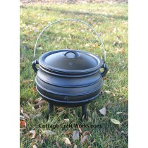 Potjie Pot #4 Three Leg Cast Iron Kettle-2.25 gal