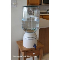 USA Water Bottle Dispensing Crock