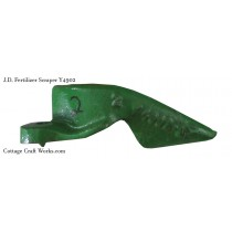 J.D. Y4902 Fertilizer Scraper