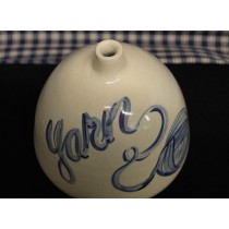 USA Stoneware | Ceramic Yarn holder | Dispenser